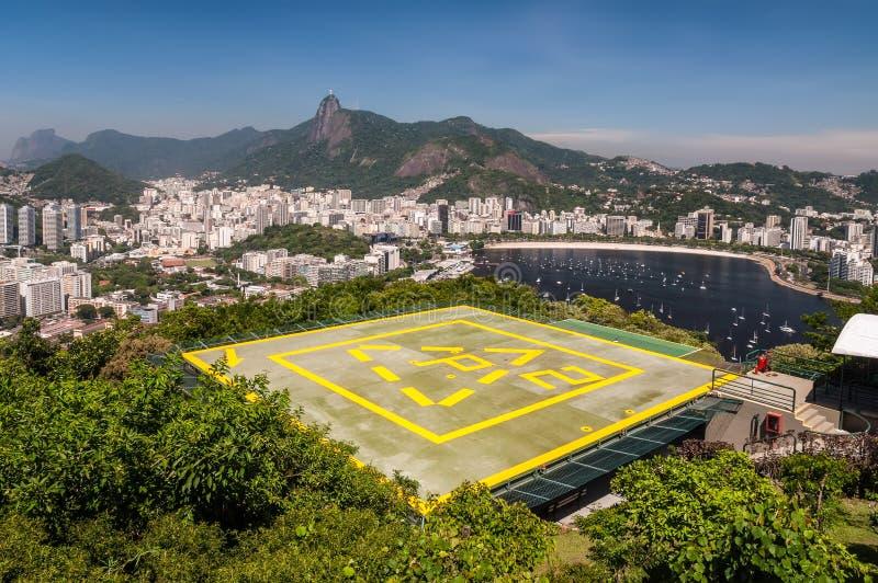 Helipuerto en la montaña de Urca en Rio de Janeiro foto de archivo