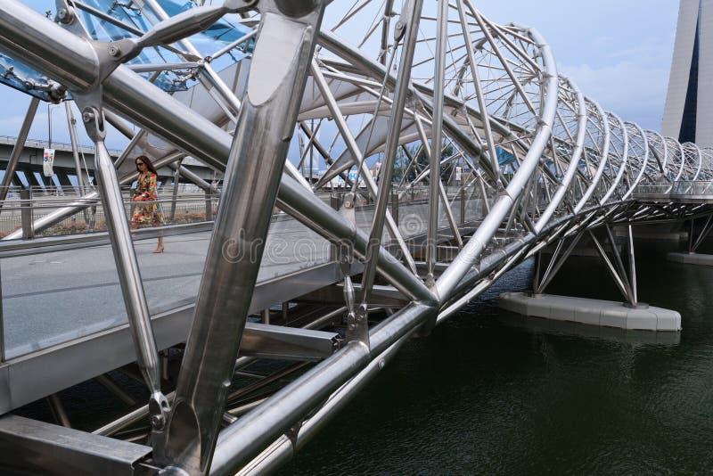 Download Helix most zdjęcie stock editorial. Obraz złożonej z singapur - 28966343
