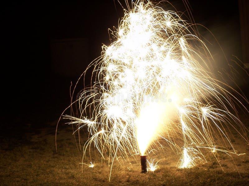 Helle Feuerwerke III stockfotos