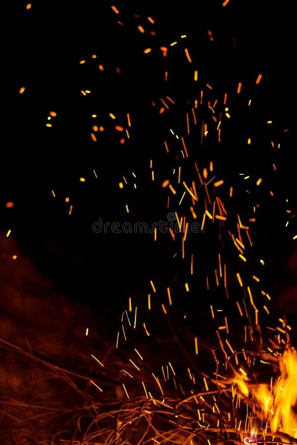 Heller Hintergrund des Feuers stockfoto