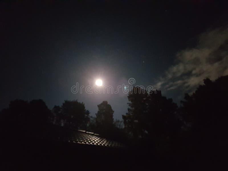 Heller Mond stockfotografie