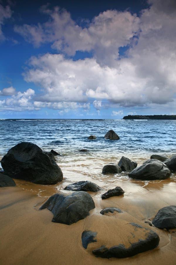 Heller vertikaler Ozean-Meerblick in Kauai Hawaii lizenzfreie stockfotografie