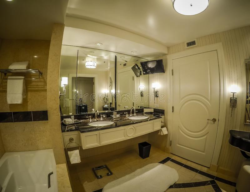 Helles bequemes luxuriöses Hotelzimmer in Las Vegas stockfotografie
