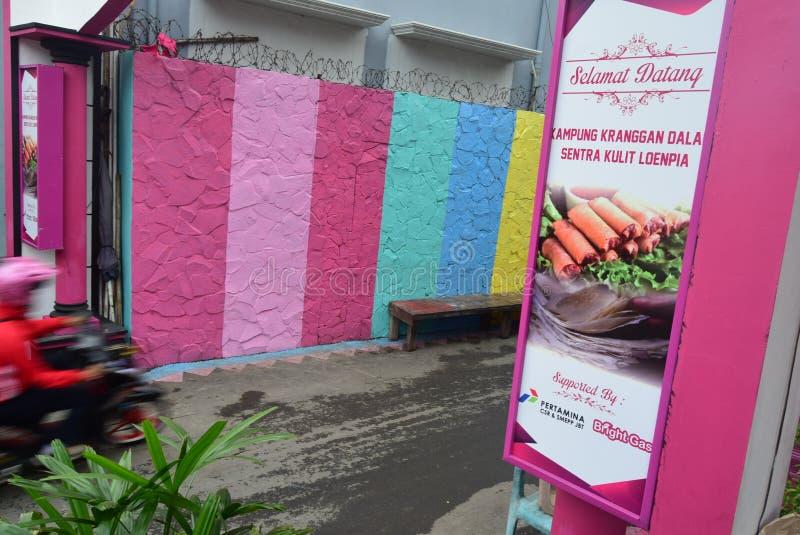 Helles Gas-Dorf in der Stadt von Semarang lizenzfreies stockfoto