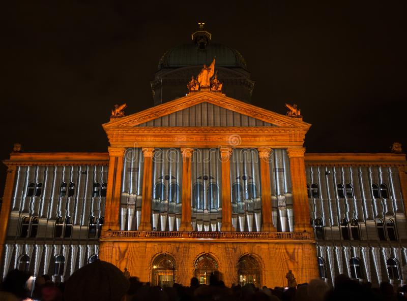 Helles ` Show ` Rendesz-vous Bundesplatz, Bern, die Schweiz lizenzfreies stockfoto