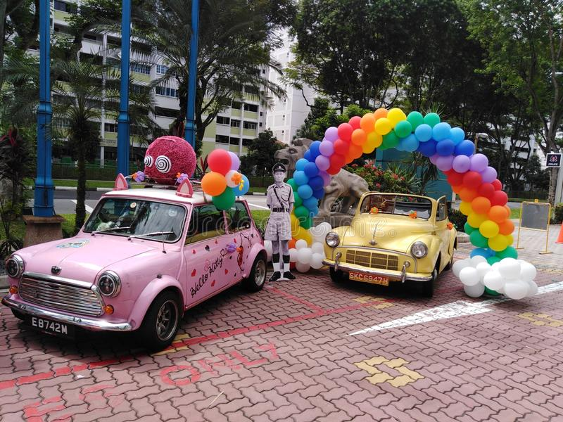 Hello Kitty rocznika samochody w Singapur zdjęcie royalty free