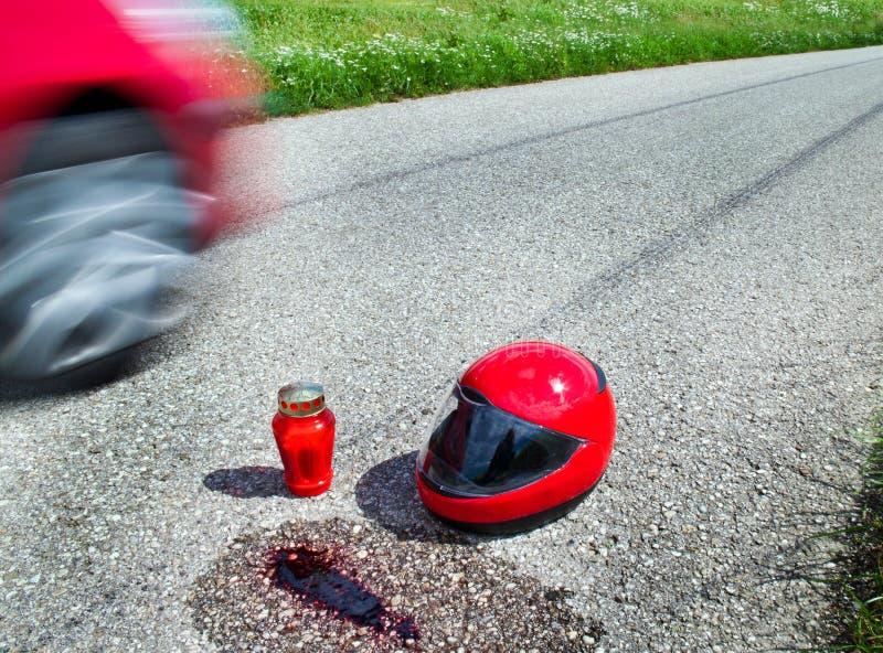 Helm na verkeersongeval royalty-vrije stock foto