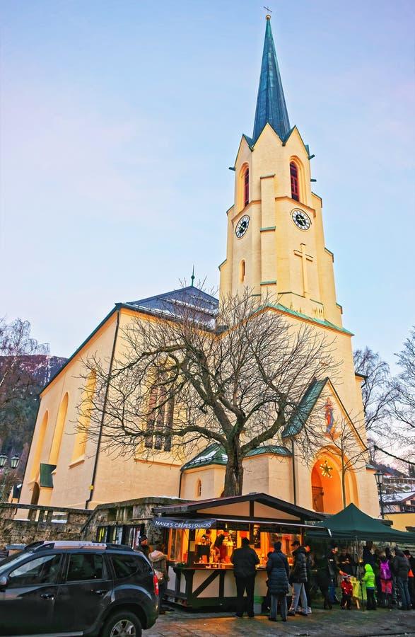 Helm von Maria Himmelfahrt Assumptions-Kirche in Garmisch Partenkirchen stockbild