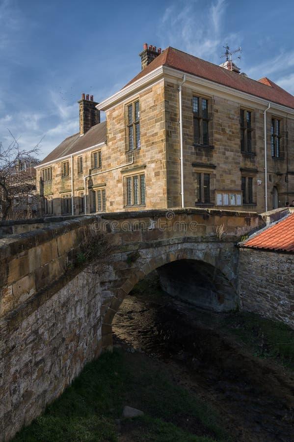 Helmsley Targowej ulicy most UK - North Yorkshire - obraz royalty free
