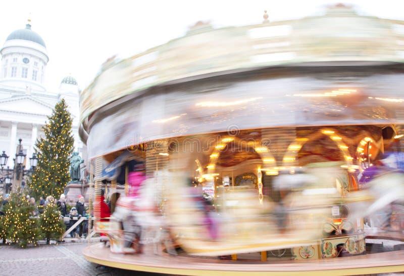 Download Helsingfors Finland 21 December 2015 - Traditionell Karusell På Julmarknaden Redaktionell Foto - Bild av beröm, attractor: 76704205