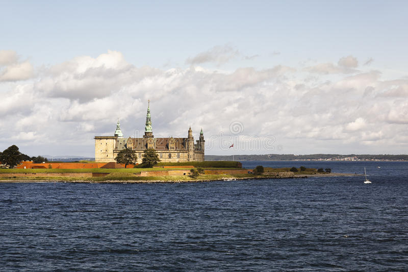 Helsingor, Denemarken: kronborg kasteel stock fotografie