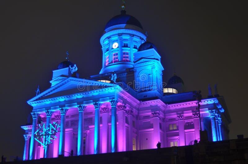 HELSINKI, FINLAND ? 5 JANUARI, 2014: Het Lux Helsinki-zelfs licht stock fotografie