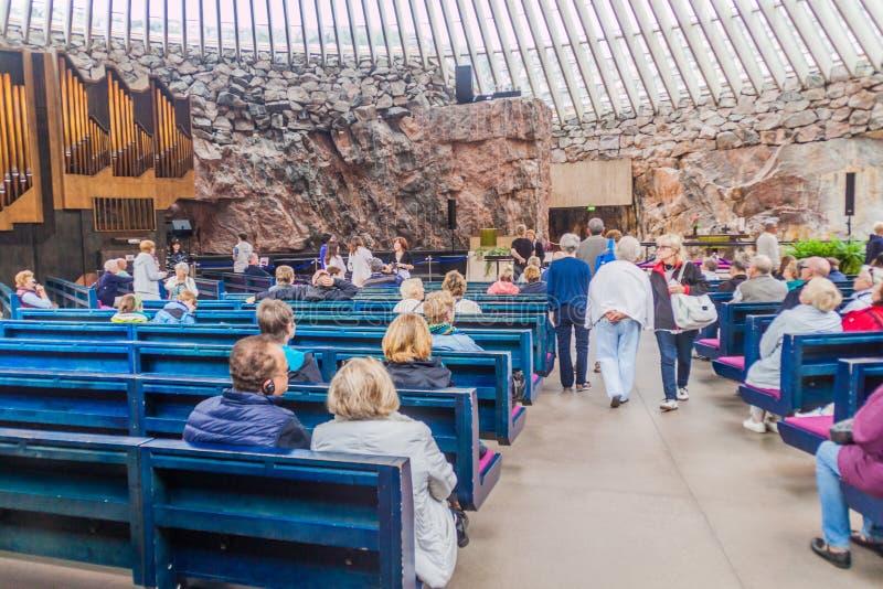HELSINKI, FINLAND - AUGUSTUS 25, 2016: Binnenland van Temppeliaukion-Kerk ook als Rotskerk wordt gekend in Helsinki, Finla die stock foto