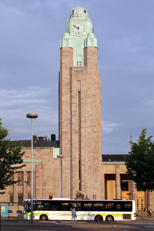 Helsinki, Finnland. Das moderne Kirchengebäude lizenzfreie stockbilder