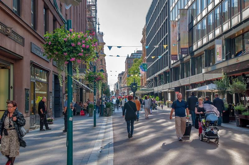 Helsinki zoals is straten Het dagelijkse leven van de stad royalty-vrije stock afbeeldingen