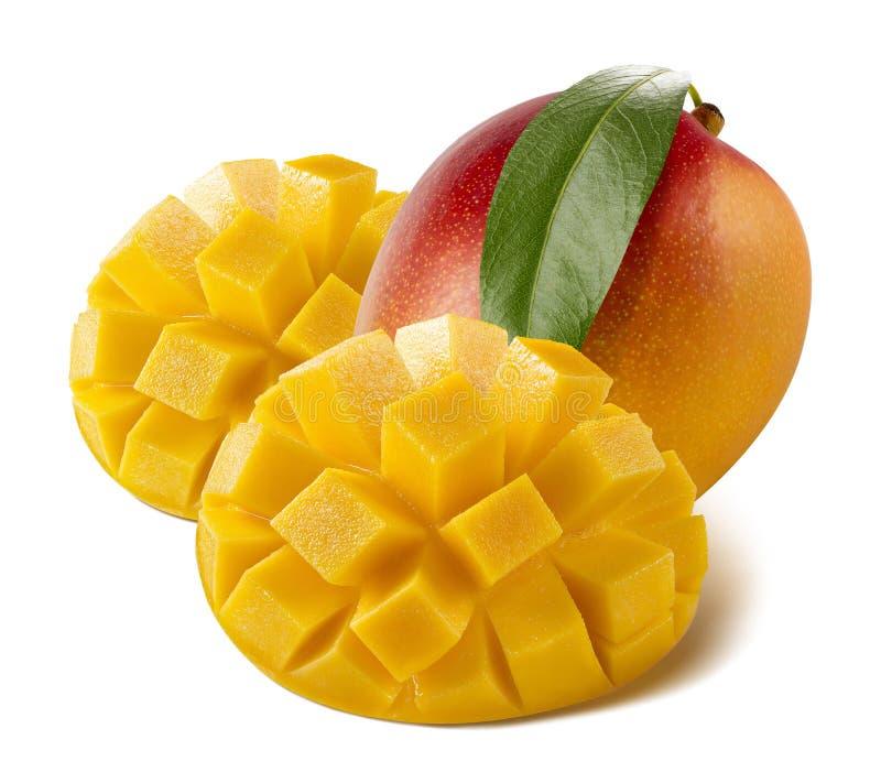 Helt snitt för mango som tjänas som som isoleras på vit bakgrund arkivbilder