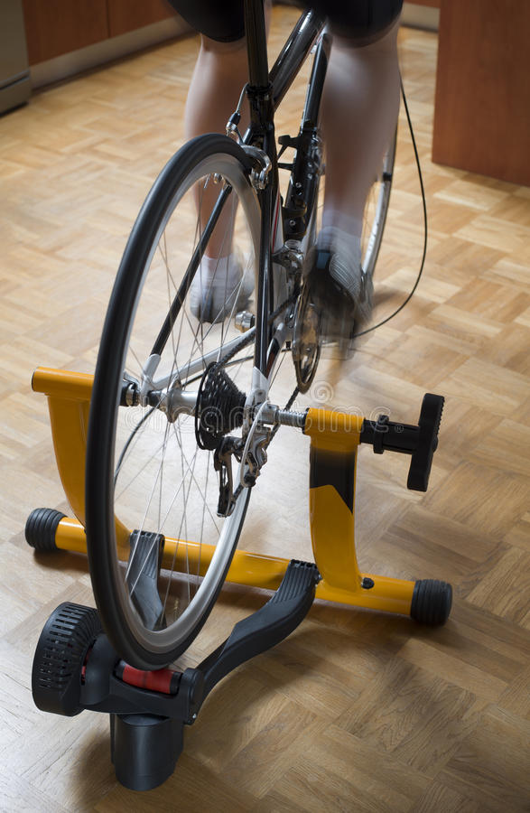Cykla instruktören arkivfoton