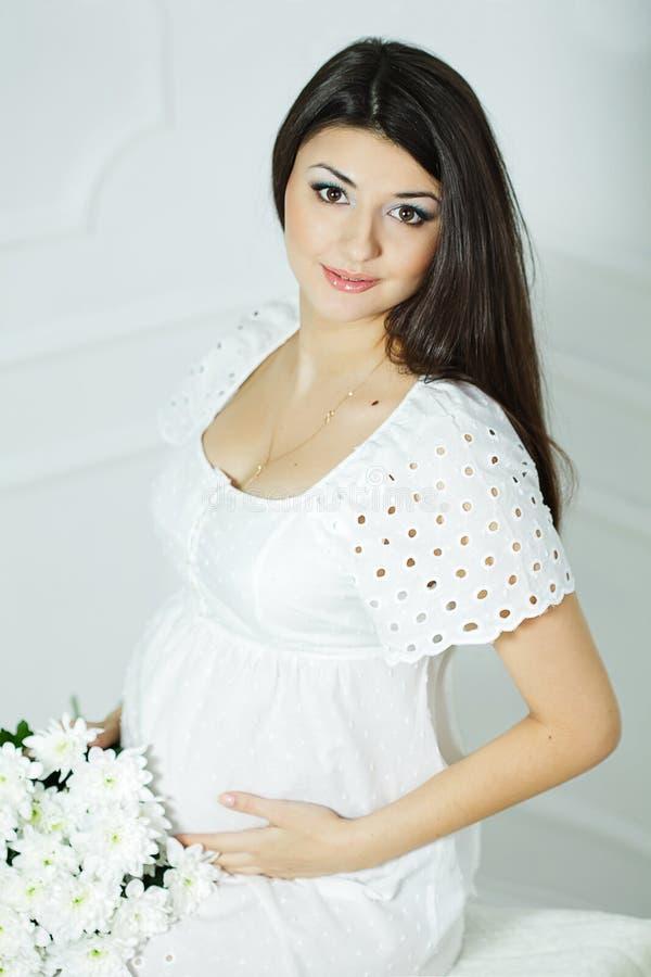 Hembra embarazada fotografía de archivo