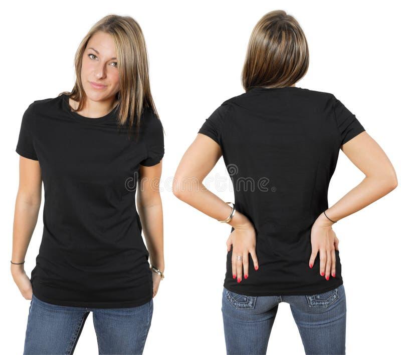 Hembra que desgasta la camisa negra en blanco fotografía de archivo libre de regalías