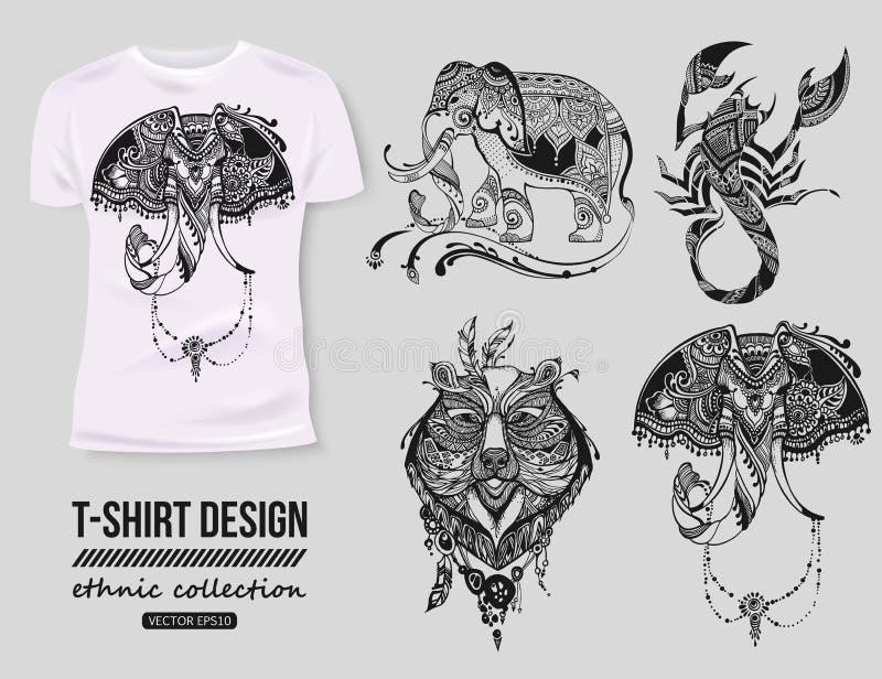 - Hemddesign mit von Hand gezeichneter ethnischer Tiersammlung, mehendi tatoo Art Weiß lokalisiertes T-Shirt Ethnischer Afrikaner lizenzfreie abbildung