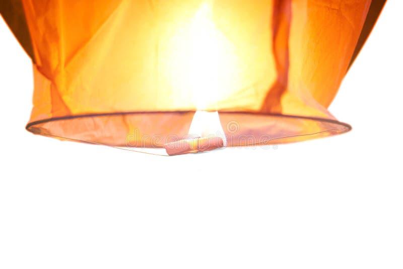 Hemellantaarn met het branden van brand Sluit omhoog Geïsoleerd op witte backg royalty-vrije stock afbeelding