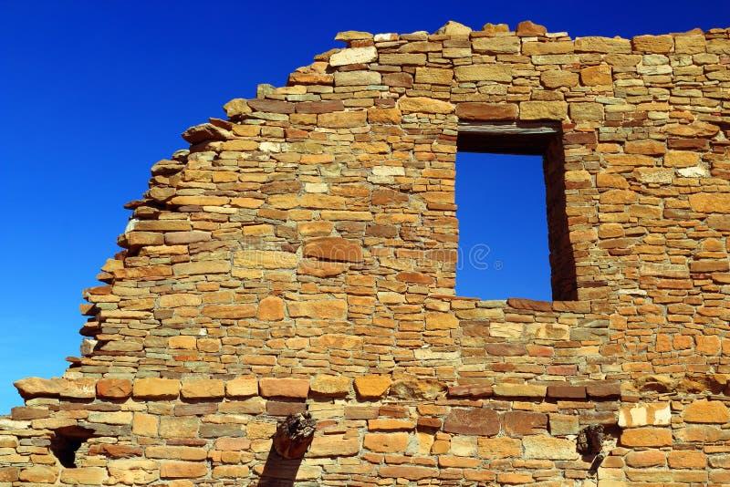 Hemelvenster in Pueblo del Arroyo, Chaco-Canion Nationaal Historisch Park, New Mexico royalty-vrije stock afbeeldingen