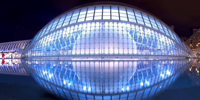 hemisferic planetarium valencia royaltyfri bild