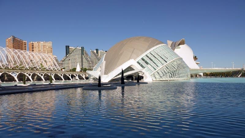 Hemisferic in stad van kunsten en wetenschappen in Valencia, Spanje stock afbeeldingen