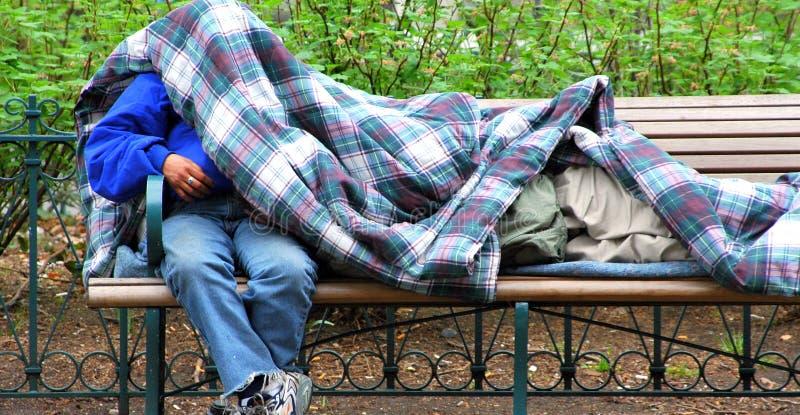 hemlösa män royaltyfria bilder