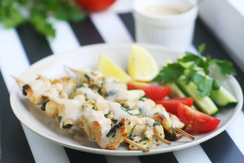 Hemlagad feg shashlik med grönsaker arkivfoto