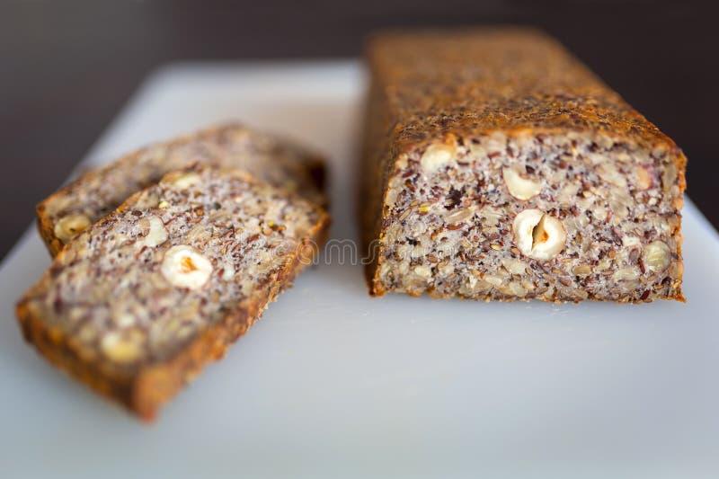 Hemlagad Gluten frigör bröd royaltyfri bild