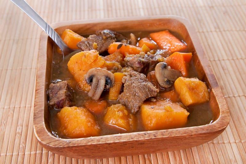 hemlagad stew för nötkött arkivbilder
