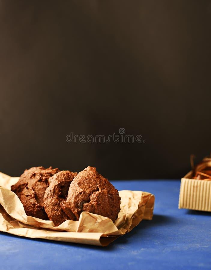 Hemlagade bovetekakor med choklad arkivfoton