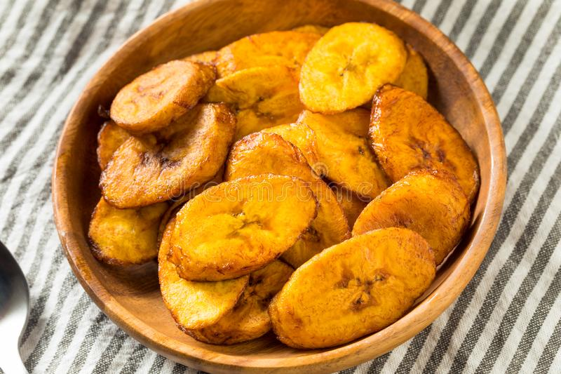 Hemlagade gula Fried Plantains royaltyfria foton