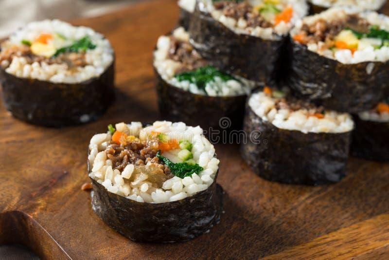Hemlagade koreanska Kimbap ris Rolls fotografering för bildbyråer