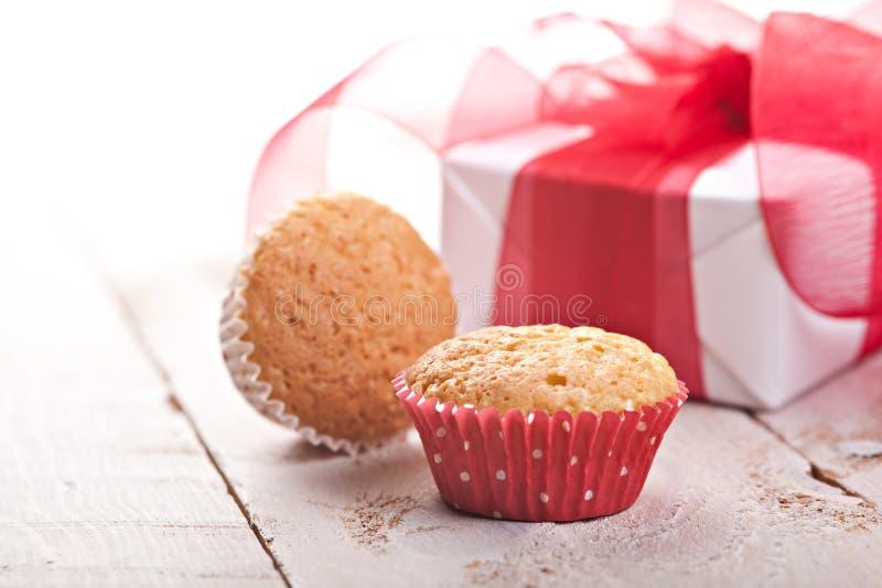 Hemlagade muffiner fotografering för bildbyråer