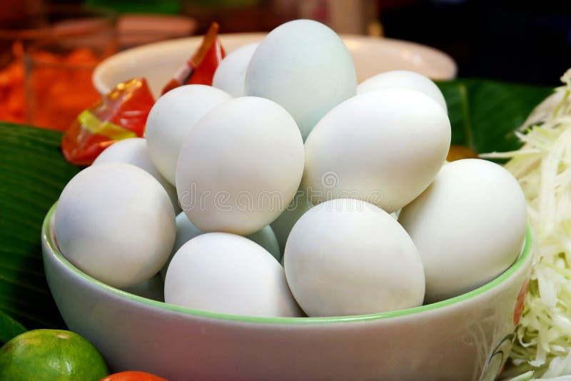 Hemlagade saltade Duck Eggs royaltyfri foto