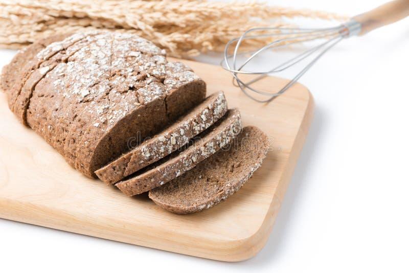 Hemlagat sädes- bröd som isoleras på vit bakgrund royaltyfri bild