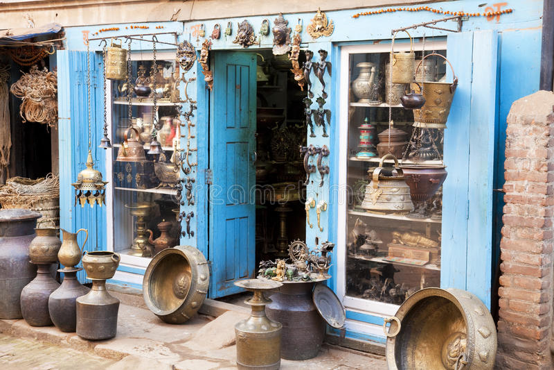 hemslöjd nepalese shoppar traditionellt royaltyfri fotografi