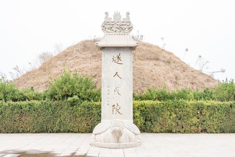HENAN, CHINA - 17 Nov. 2015: Suirengraf (Suihuangling) in Shangqi stock foto