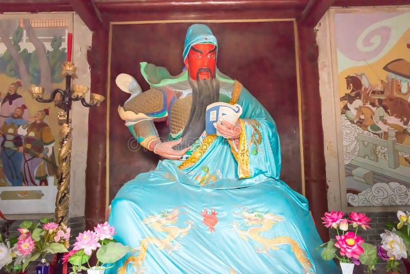 HENAN, CHINA - 26. Oktober 2015: Statue von Guanyu beim Frühling und bei Autum lizenzfreie stockbilder