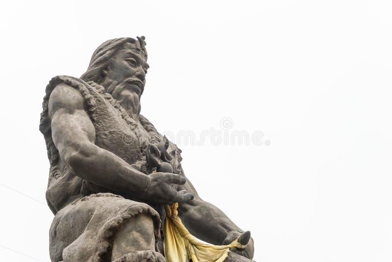 HENAN CHINY, Nov, - 17 2015: Suiren statua przy Suiren grobowem (Suihuan zdjęcie stock