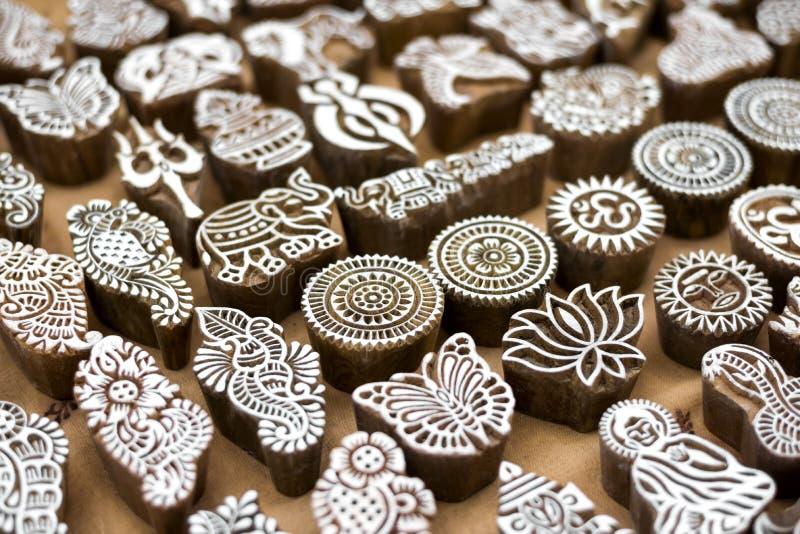Henna houten zegels royalty-vrije stock afbeeldingen