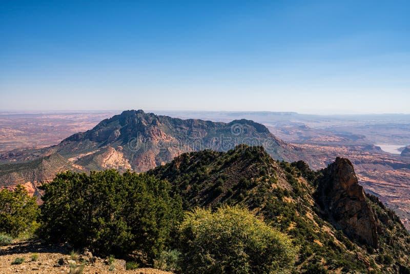 Henry Mountains bonito no deserto de Utá fotos de stock