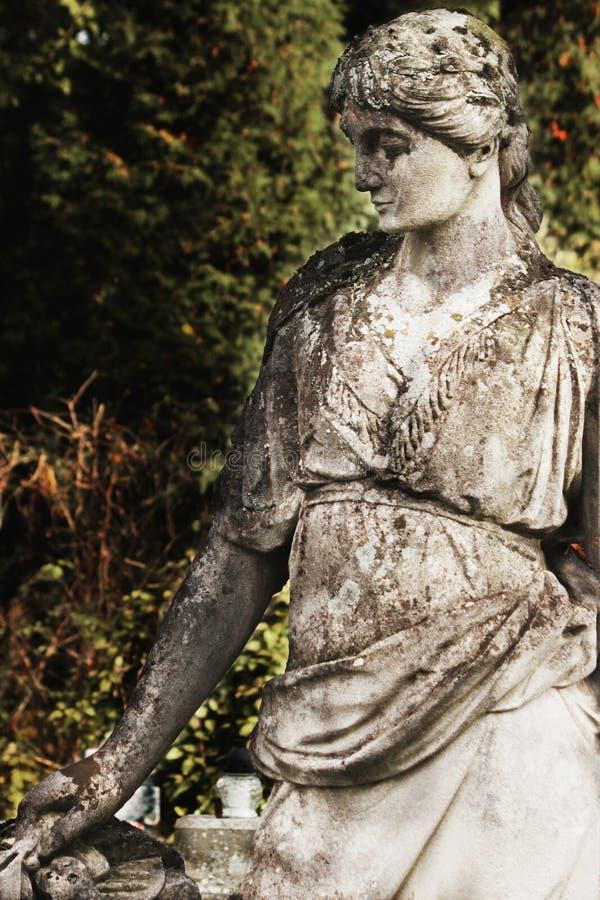 Die Statue der Göttin Hera in der griechischen Mythologie und Juno in R stockbild