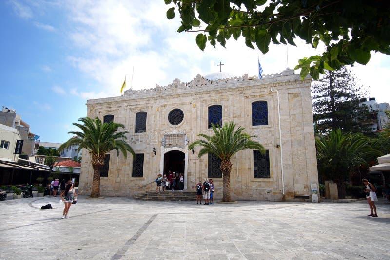 Heraklion, Griekenland, 25 September 2018, Buitenmening van de Kerk van Agios Titos die een mooie Orthodoxe kerk is royalty-vrije stock fotografie