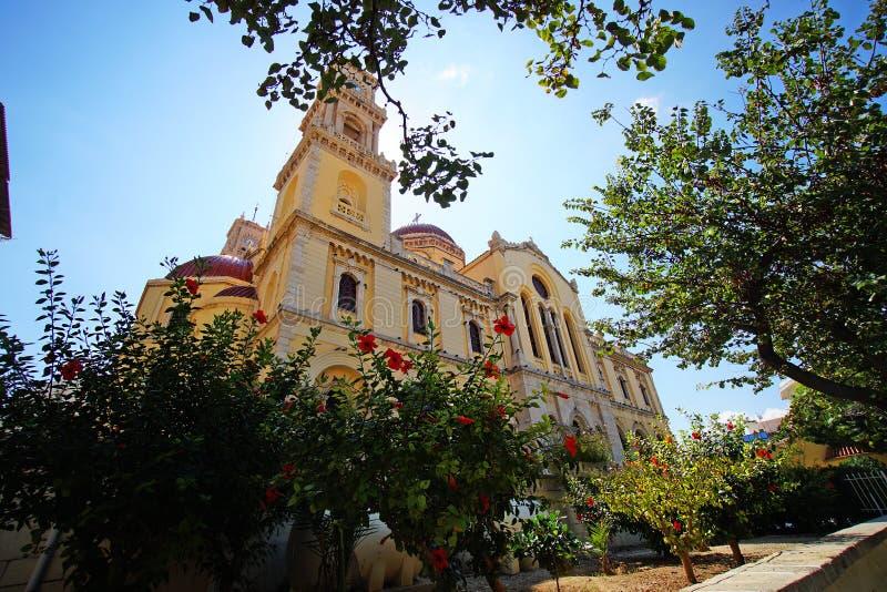 Heraklion, Griekenland, 25 September 2018, Buitenmening van Heilige Minas Cathedral in het historische centrum royalty-vrije stock foto's