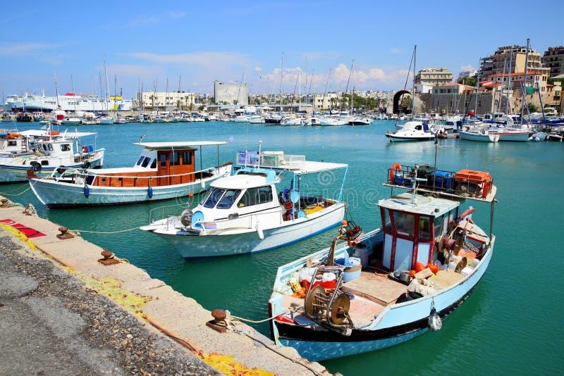 Heraklion port fotografering för bildbyråer