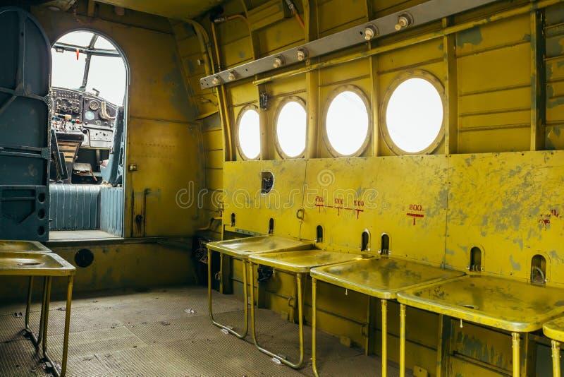 Herança Plana Soviética Famosa De Paradropper Antonov An-2 Do Voo Foto de Stock Editorial