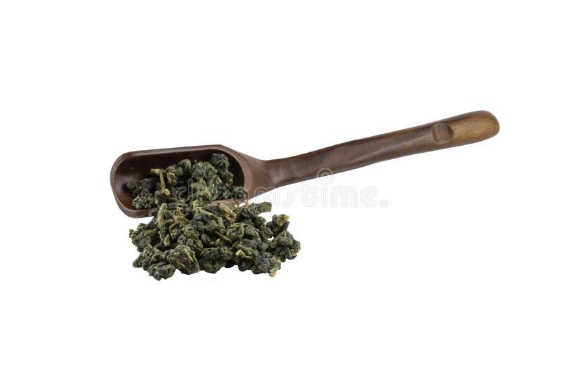 Herbaciana łyżka z oolong herbatą zdjęcia stock